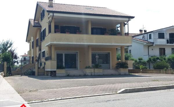 Vendita appartamento piano terra con corte a Sora (FR) – Rif. 49