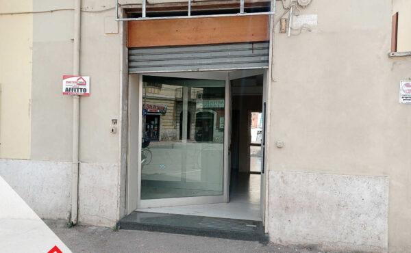 Locazione centralissimo locale commerciale a Sora (FR) – Rif: 62