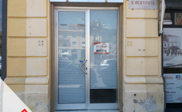 Affittasi centralissimo locale commerciale a Sora (FR) – Rif. 35